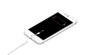 Egy gyári applikáció miatt merülhetnek mostanában gyorsan az iPhone-ok